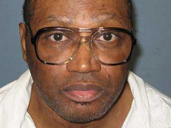 В США казнь убийцы отложили за полчаса до ее начала из-за его забывчивости
