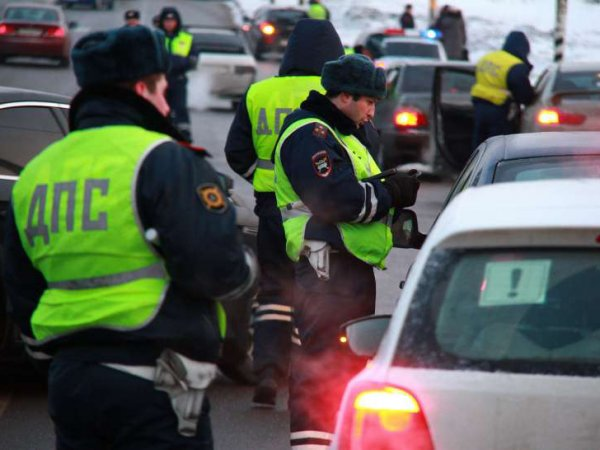 СМИ: с 1 января Путин своим указом уволил 10 тысяч сотрудников ГИБДД