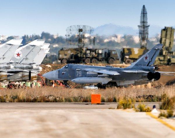 СМИ: террористы в Сирии снова атаковали российскую авиабазу «Хмеймим»