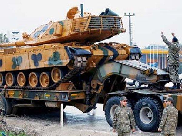 СМИ: Турция перебрасывает танки на границу с Сирией