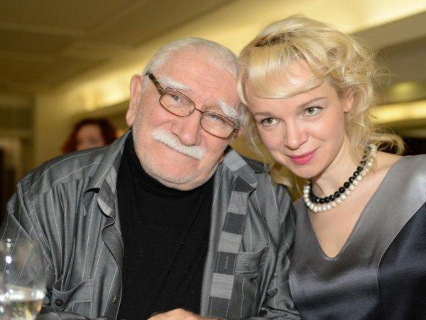 Суд признал действительным развод Джигарханяна и Цымбалюк-Романовской