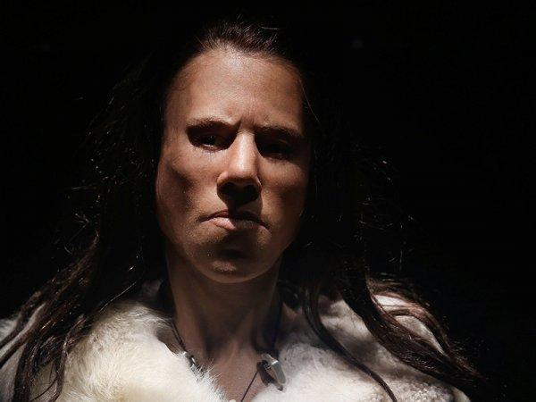 Ученые воссоздали лицо девушки-подростка, жившей 9 тысяч лет назад