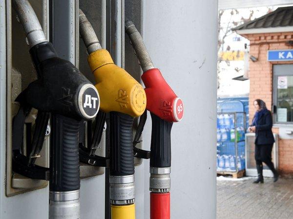 На российских заправках нашли вирус для недолива бензина