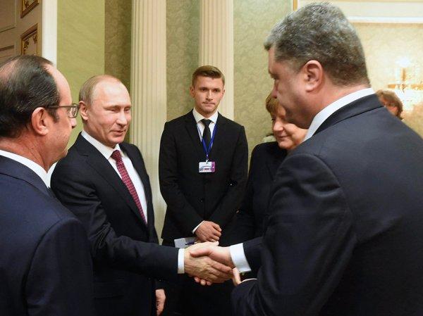 """Песков рассказал о """"тайных"""" контактах Путина и Порошенко"""