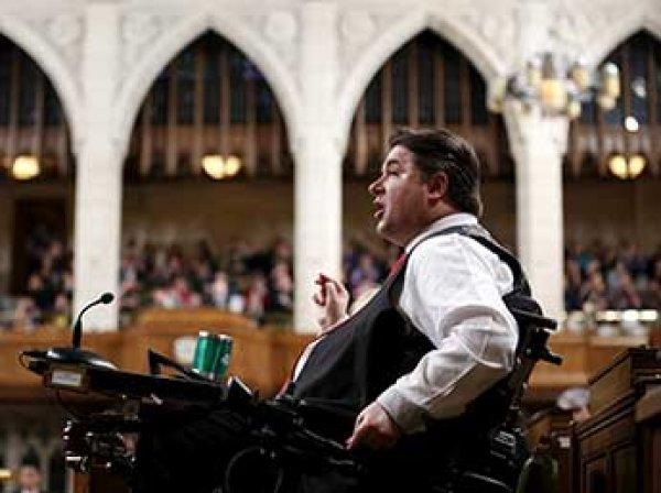 Министр спорта Канады ушел в отставку из-за секс-скандала