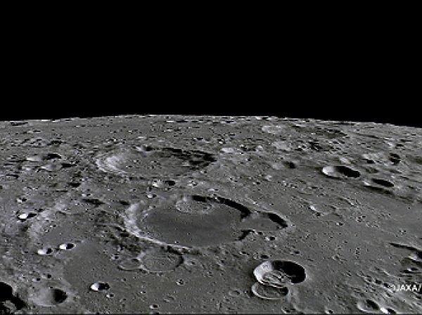 Уфологи обнаружили на Луне инопланетную базу