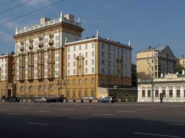В Госдуме предложили сменить адрес посольства США в Москве после переименования площади в честь Немцова