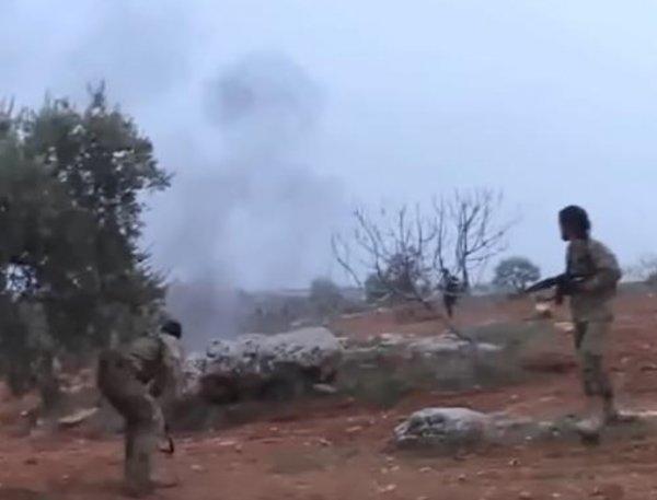 Видео последнего боя пилота Су-25 с боевиками появилось в Сети