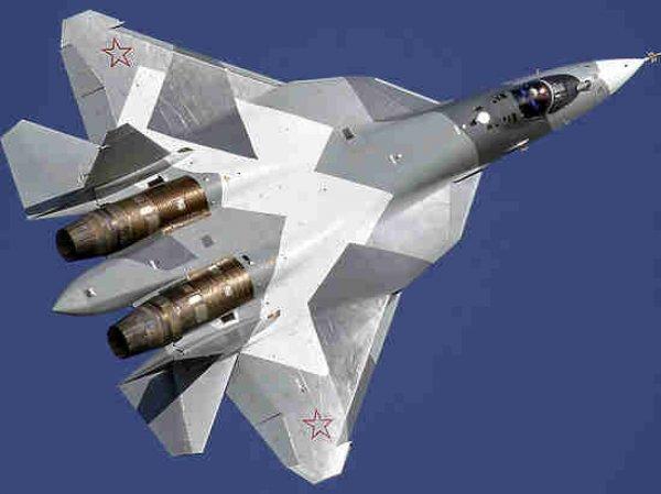Появилось видео посадки новейших истребителей Су-57 в Сирии