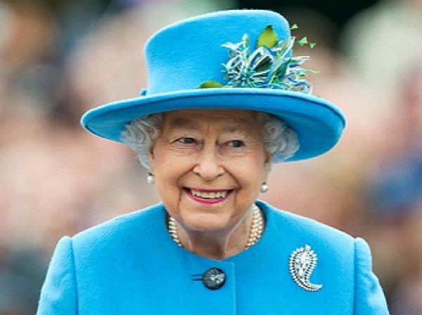 Экс-лакей Елизаветы II рассказал о конфузе в королевской карете