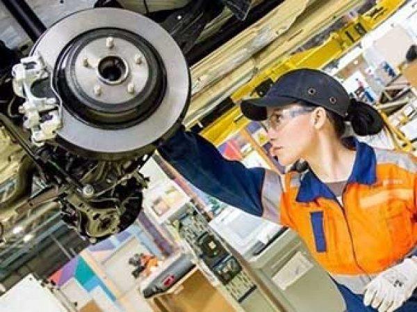 В России женщинам могут разрешить работать пожарными, водолазами и машинистами поездов