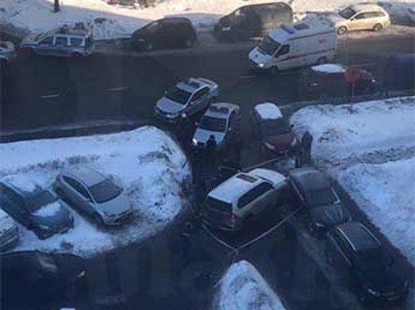 В Сеть попало видео нападения киллеров на бизнесмена на юге Москвы