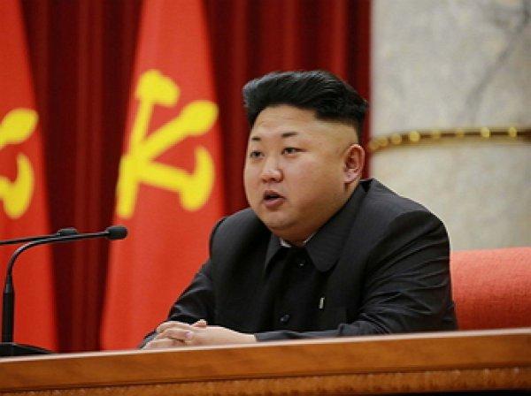 """""""Жду в ближайшее время"""": Ким Чен Ын пригласил главу Южной Кореи в Пхеньян"""