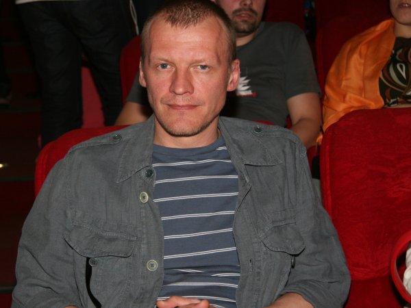 Актер Алексей Серебряков не отказался от слов о России в интервью Дудю