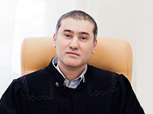 """На Кубани судья нецензурно объяснил истцу, что тот может """"жаловаться хоть Путину"""""""