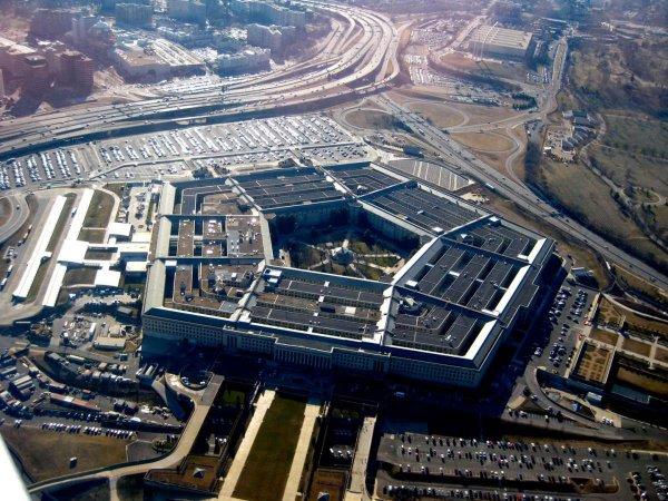 """Пентагон представил """"сценарий"""" войны с Россией и Китаем"""