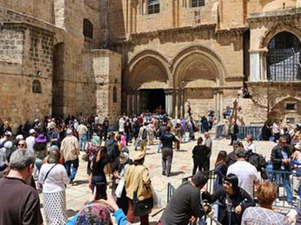 В Иерусалиме в знак протеста из-за налогов закрылся Храм гроба Господня