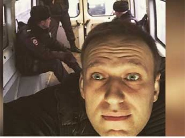 Навального задержали в Москве и тут же отпустили