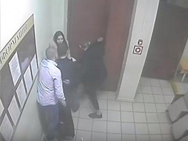 Опубликовано видео избиения врачей в больнице Липецкой области