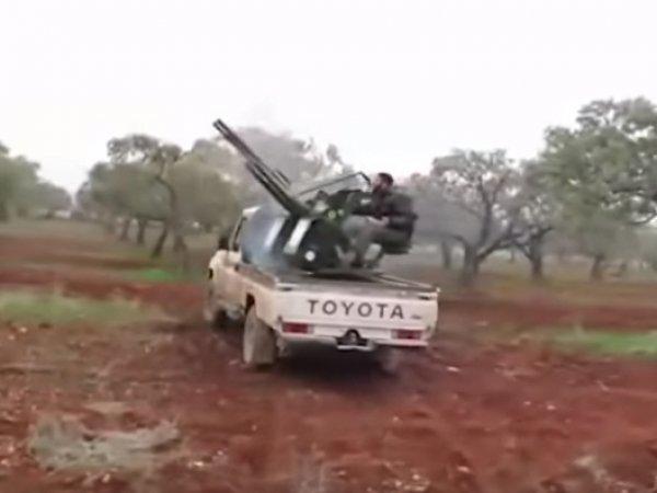 Опубликовано видео момента обстрела российского Су-25 в Сирии