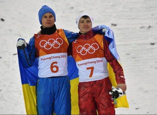 Затравленный украинский чемпион Олимпиады Александр Абраменко объяснил объятия с россиянином на пьедестале