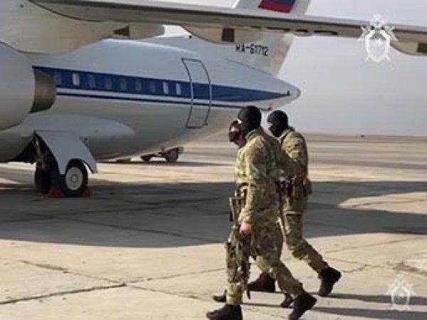 """СМИ нашли спецсамолет ФСБ для """"посадок"""" чиновников"""