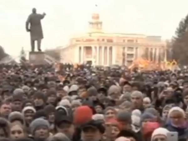 Митинг в Кемерово 27 марта 2018: жители города потребовали отставки властей (ВИДЕО)