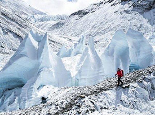 Трое альпинистов погибли при сходе лавины в Японии