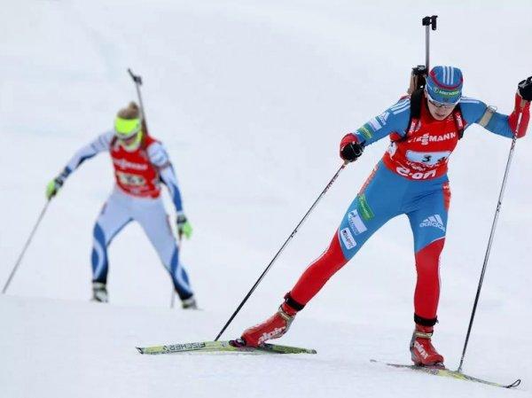 Россиянки выступят в спринте по биатлону на этапе КМ в Хольменколлене