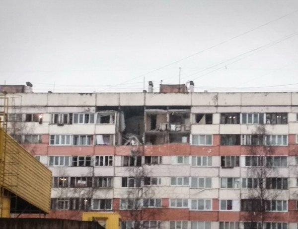 В жилом доме в Петербурге произошел взрыв