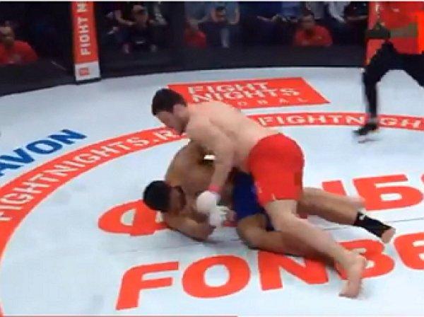 На YouTube появилось видео, как российский боец побил соперника за 10 секунд