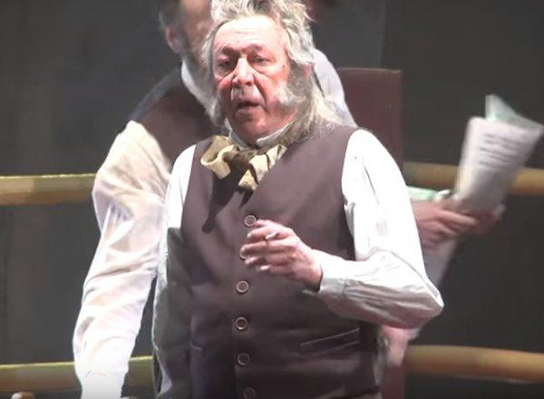 Михаил Ефремов матерился со сцены во время спектакля в Самаре