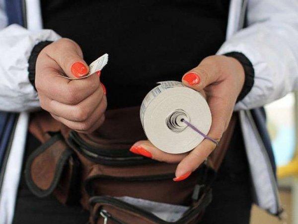 Кондукторам могут разрешить проверять паспорта у пассажиров