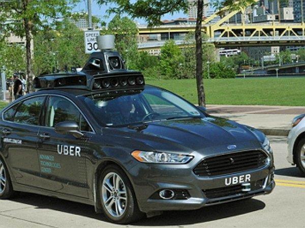 В США беспилотный автомобиль Uber впервые насмерть сбил пешехода
