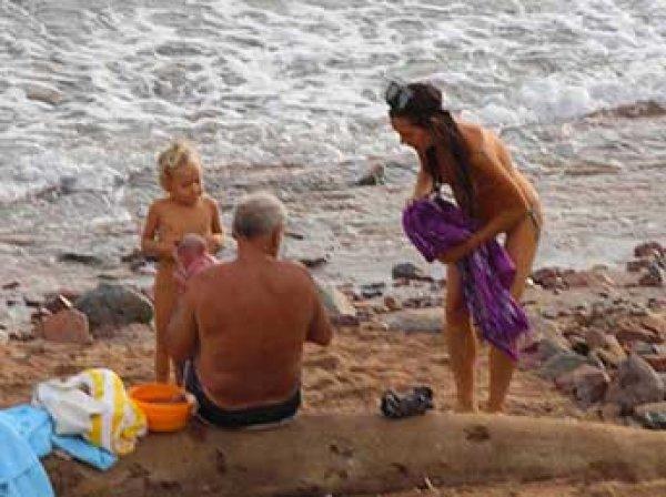 Россиянка родила ребенка прямо на пляже в Египте