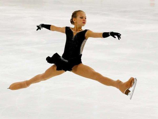 Россиянка Александра Трусова исполнила четверной тулуп впервые в истории женского фигурного катания