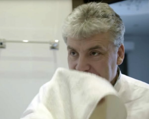 Грудинин опубликовал видео, где он сбрил усы