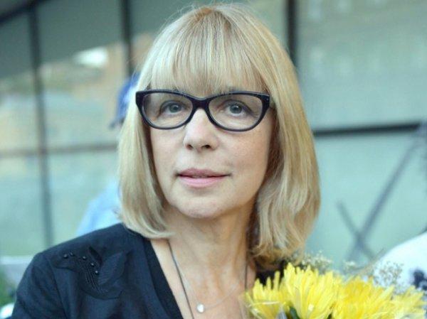 Дочь Веры Глаголевой показала архивное фото с умершей актрисой