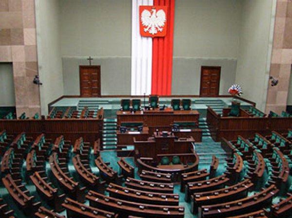 Польша намерена выслать российских дипломатов из солидарности с Британией