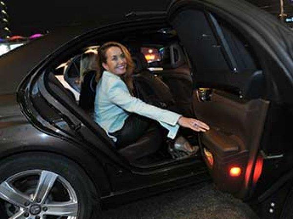 Дмитрий Шепелев и отец Жанны Фриске не могут поделить машину.