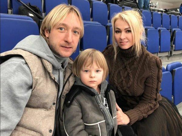 """ИноСМИ СМИ затравили Яну Рудковскую, признавшуюся в """"воспитании сына ремнем"""""""