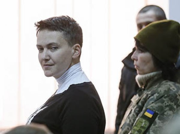 СБУ нагрянула с обыском в квартиру Надежды Савченко в Киеве