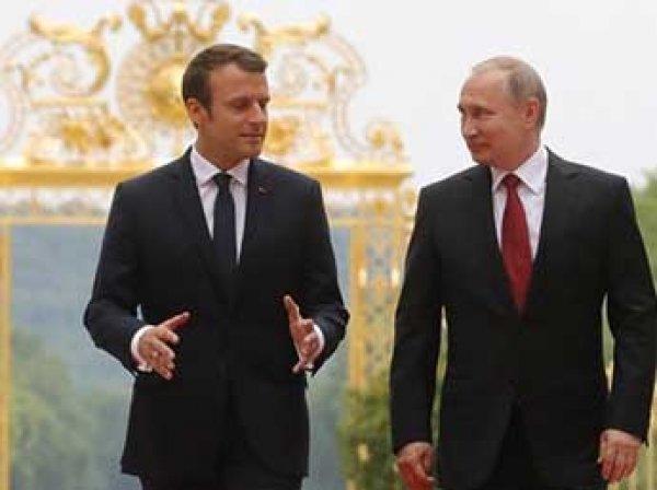 Макрон заявил Путину о законности ударов США по Сирии