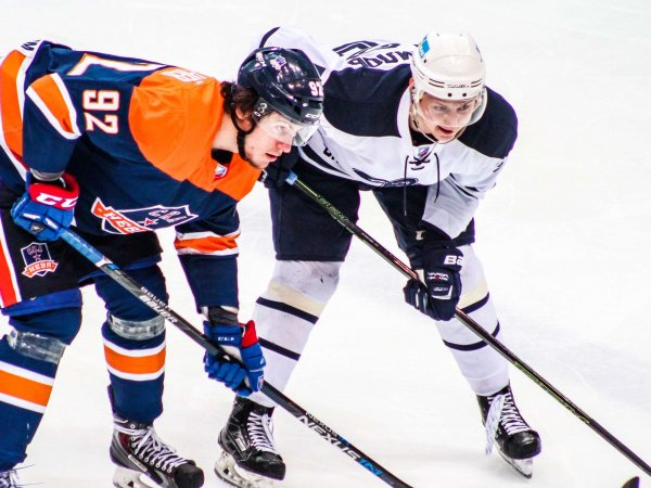 Хоккеисты ВХЛ сыграли самый долгий матч в истории РФ