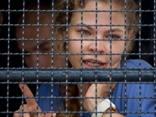 Настя Рыбка и Алекс Лесли согласились признать свою вину: последние новости 3 апреля озвучил адвокат