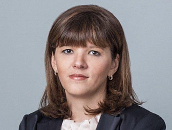 Жена главы ФСО заработала больше, чем все руководство ведомства