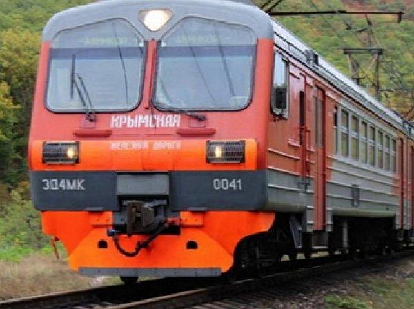 Пять человек стали жертвами столкновения электрички с автобусом в Крыму