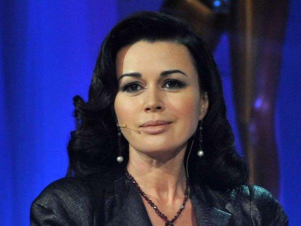 Анастасия Заворотнюк закрыла многомиллионные долги перед банком