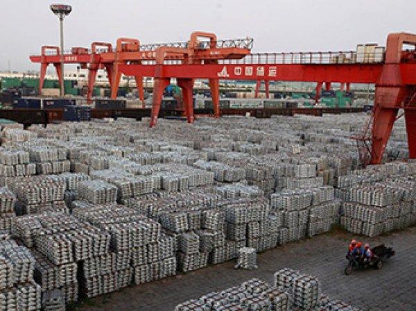 Китай ответил США введением пошлин на 130 видом американских товаров