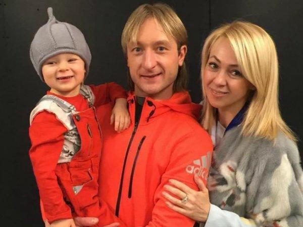"""""""Вы шутите?"""": маленький сын Рудковской и Плющенко рассказал об """"избиениях"""" в семье"""